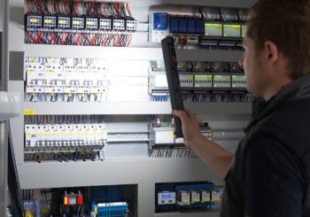 Lampade portatili professionali Würth: piccole, comode, funzionali. Qual è la più adatta a te?