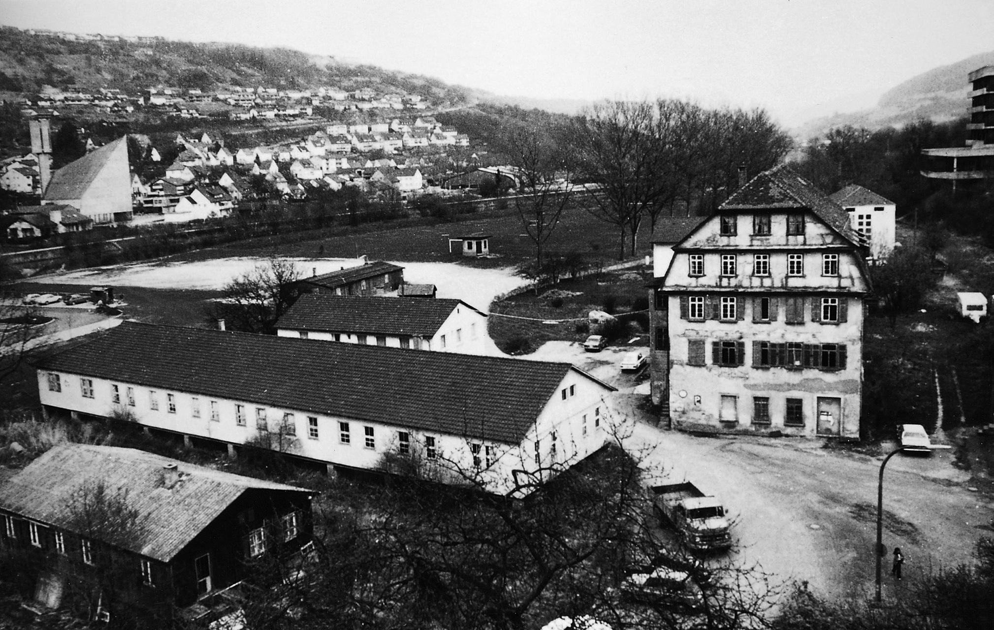 1945 - Veduta della Schlossmühle di Künzelsau e degli edifici annessi. In un capannone ormai demolito giaceva la culla del Gruppo Würth.