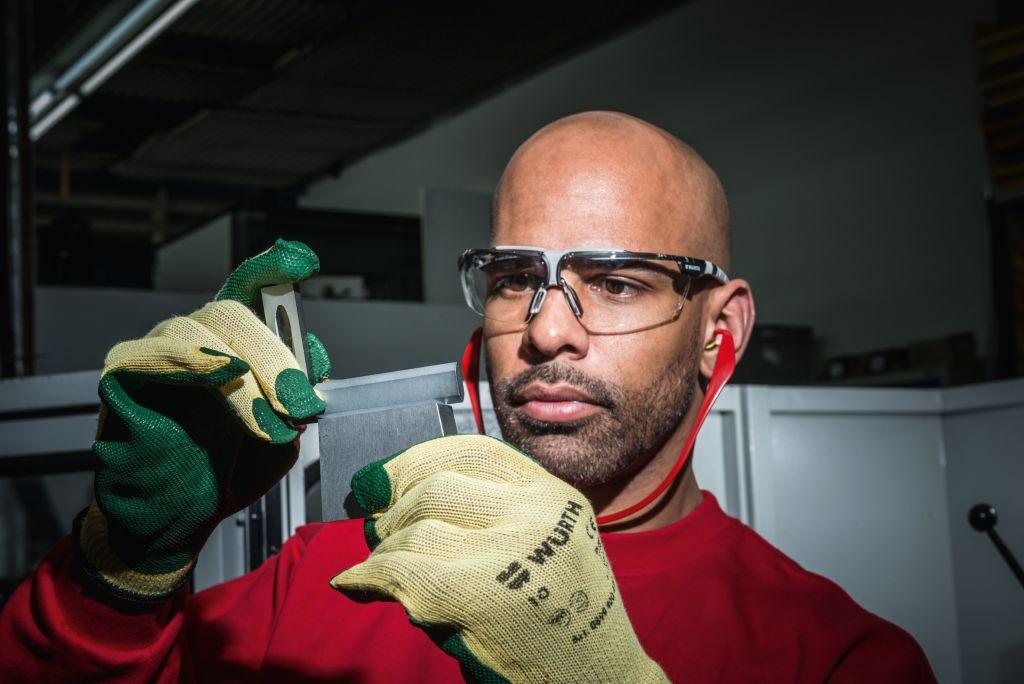 Dpi w rth per la protezione degli occhi w rth lab for Allestimento furgoni wurth