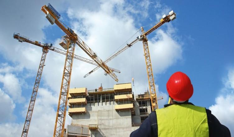 Attrezzature edili badili picconi secchi e carriole for Progettista edile professionista