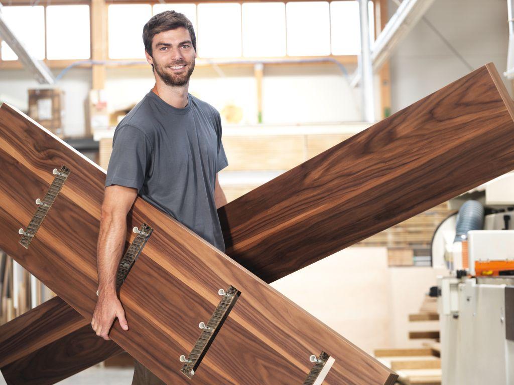 Attrezzatura per falegname tutto per la produzione di for Produzione di mobili