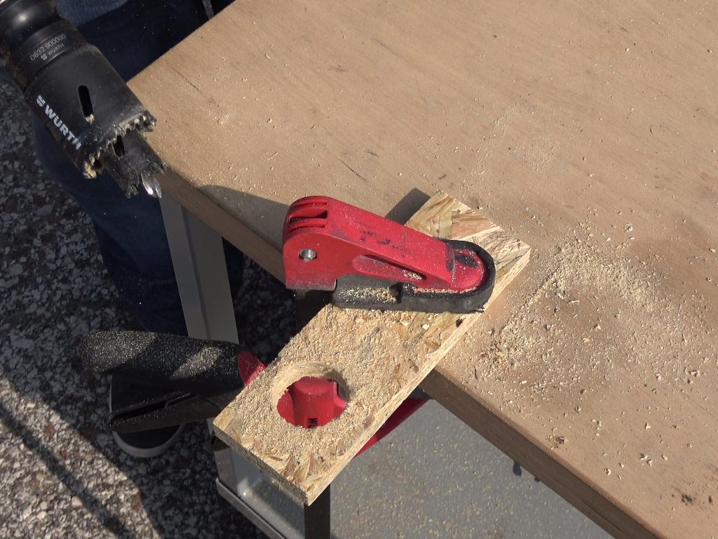 allargare buco nel legno