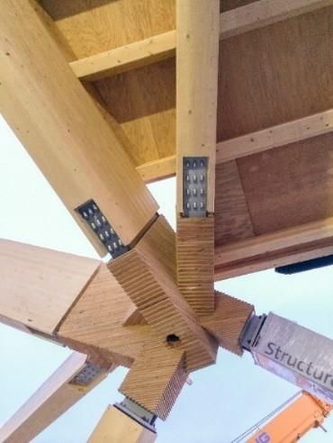 Collegamenti legno/acciaio realizzati con viti ASSY