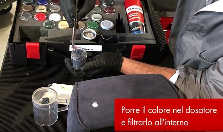 Come riparare i tessuti dell'auto