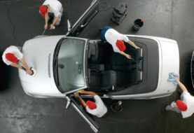 Prodotti per il lavaggio di interni e esterni dell'auto: usa solo prodotti specifici per macchine come nuove!