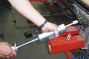 Pinpuller Power: un unico kit per la riparazione di lamiere