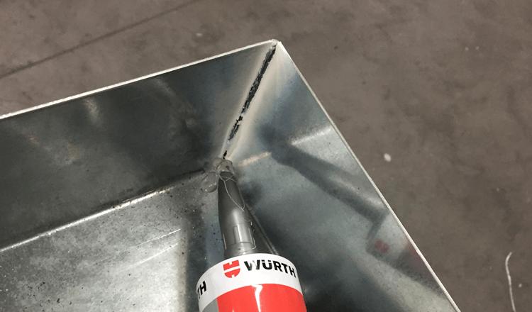 Sigillante e adesivo da costruzione PU 40+: un solo prodotto per (quasi) tutte le superfici!