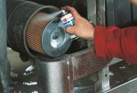 Freddo e umidità mettono a rischio la salute dell'auto? Prova lo Starter Spray per Avviamento Motore