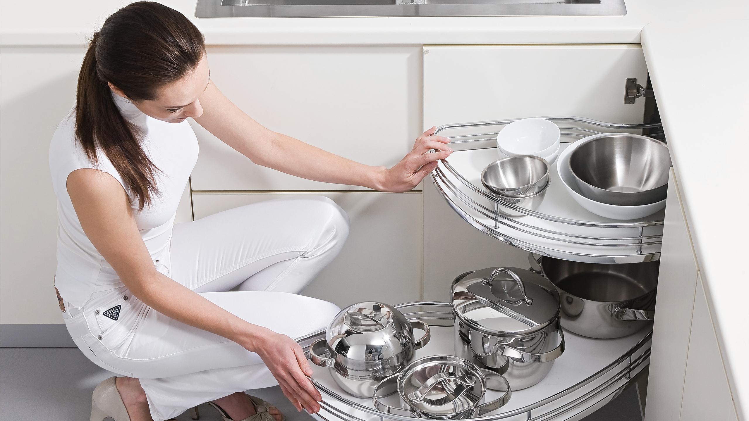 Ferramenta per mobili da cucina: tutto in un unico catalogo ...
