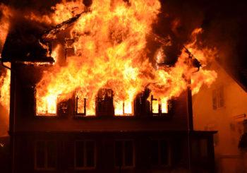 Protezione passiva all'incendio: come sigillare aperture, passaggi di impianti e giunti lineari