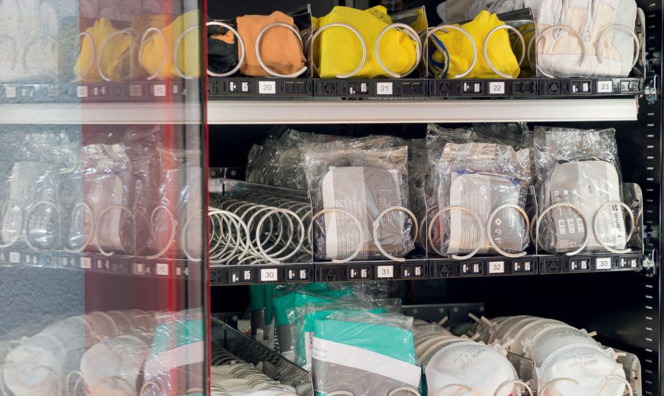 Distributori automatici di DPI e materiali di consumo: come abbattere gli sprechi e rendere la produzione snella