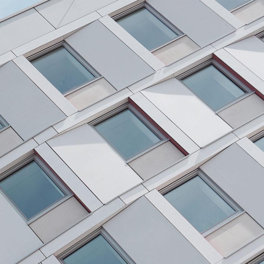 Isolamento acustico per finestre: la giusta combinazione dei componenti costruttivi