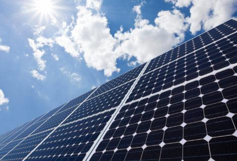 Sistemi di staffaggio per lamiera grecata: la gamma Zebra Solar crea la struttura per montaggio pannelli solari perfetta!