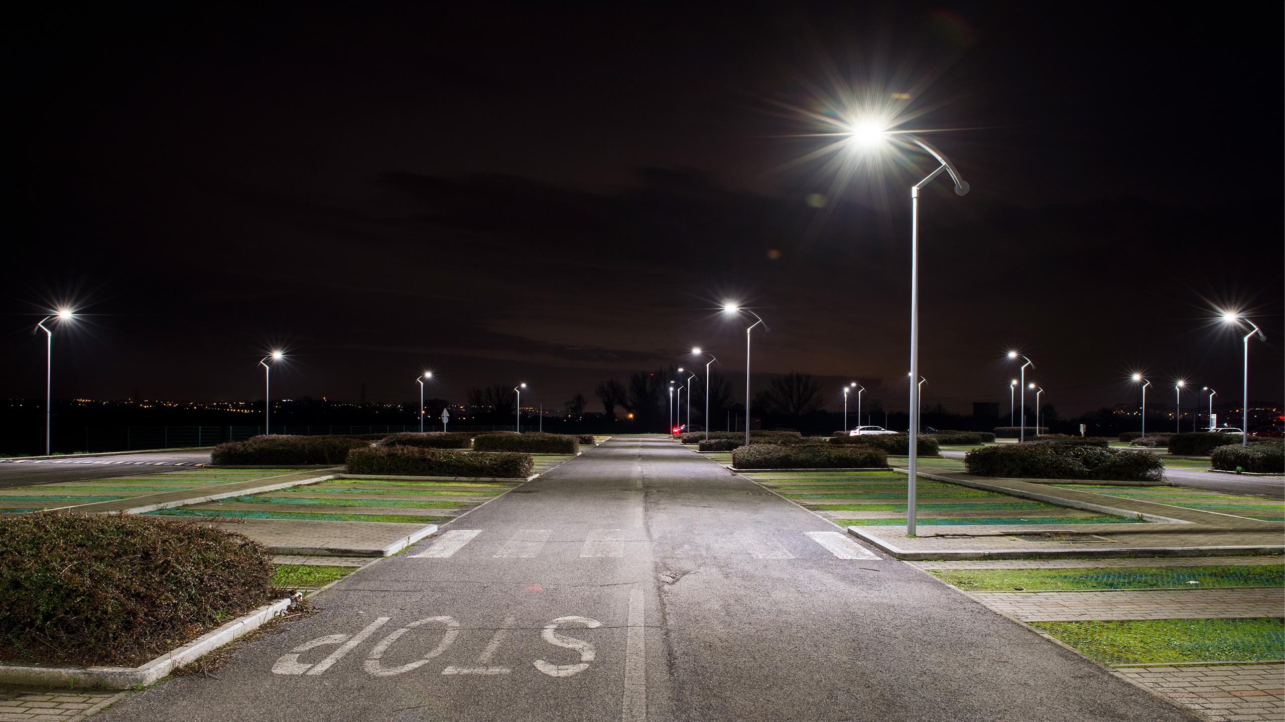 Rc luce produzione illuminazione civile industriale led proiettori