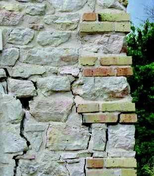 tessitura muraria irregolare