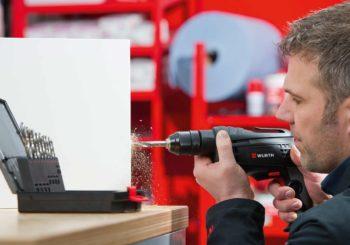 Solo per veri professionisti: ecco perché il Trapano avvitatore a batteria BS 12-A è perfetto per lavorare (a lungo) in spazi ristretti