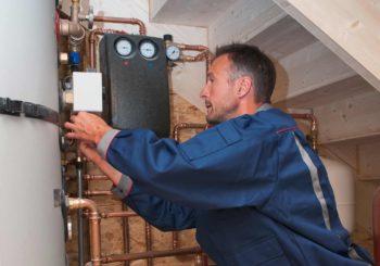 Dosatore di polifosfati: il miglior alleato contro la formazione di depositi di calcare negli impianti idrici
