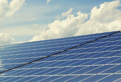 Tre buoni motivi per investire nel fotovoltaico in Italia