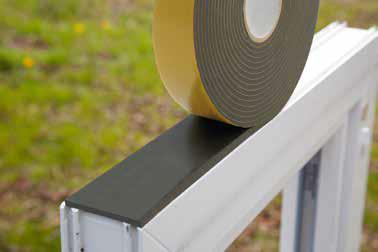 Corretta posa in opera dei serramenti - nastri in PVC a celle chiuse