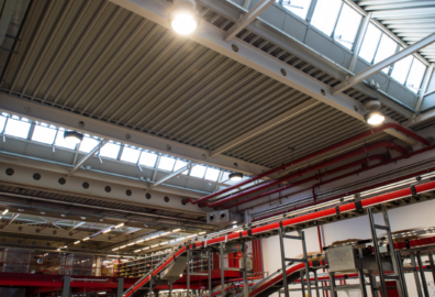 Lampade industriali a LED: quali sono le più adatte per un progetto di relamping?