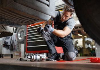 Ottimizza la tua officina con il carrello porta utensili Stratos: attrezzi ordinati, lavoro efficiente!