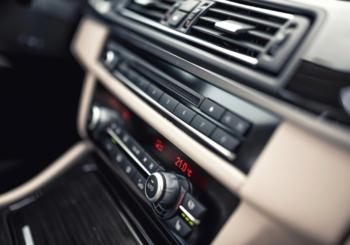 Pulizia dell'impianto climatizzazione: scopri strumenti e attrezzatura per climatizzatori auto della gamma Würth