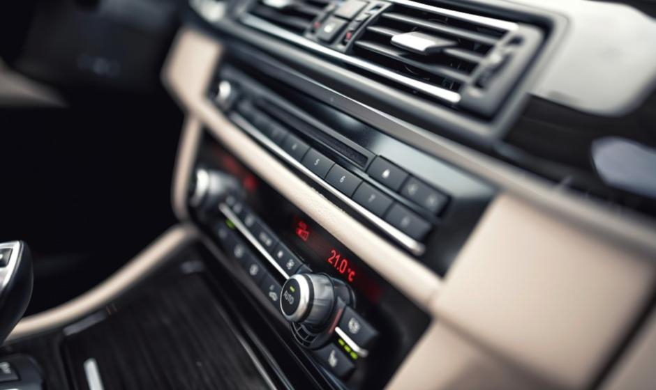 Attrezzatura per la pulizia dei climatizzatori auto: inizia subito la manutenzione dei climatizzatori