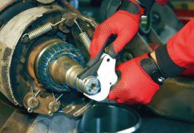 Come rifare una filettatura rovinata con i set di riparazione per filetti danneggiati