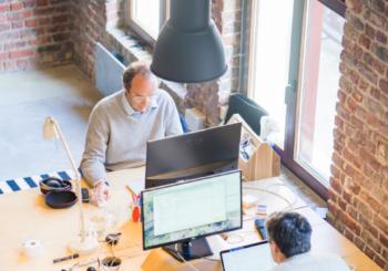 Illuminazione ufficio LED: la nuova gamma per avere la luce perfetta per l'ambiente di lavoro