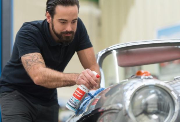 Lucidare la carrozzeria dell'auto: che paste usare per avere il miglior risultato