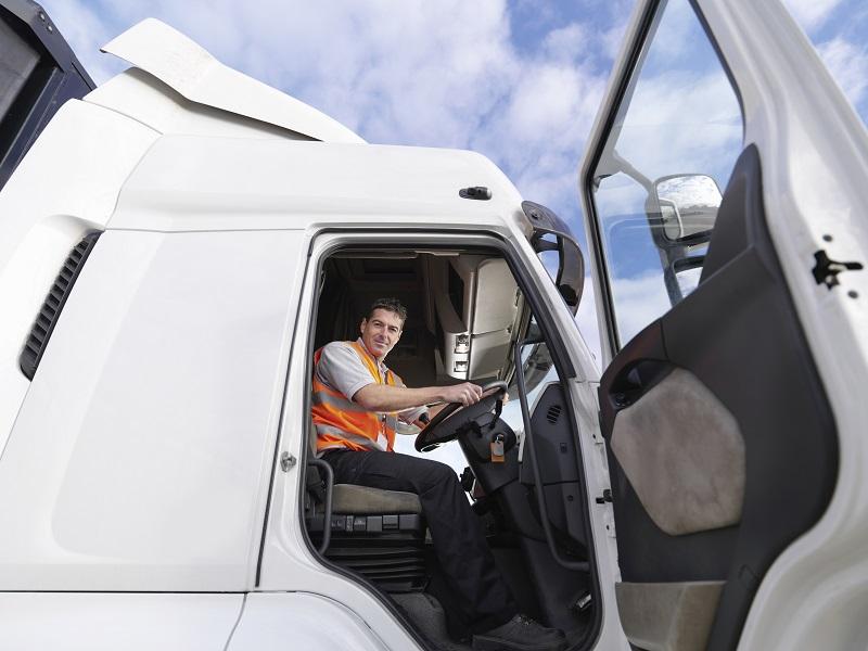 Pulizia-e-igienizzazzione-di-camion-e-mezzi-agricoli