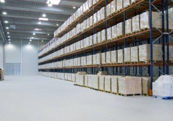 Calcolo del risparmio energetico con il relamping LED: esempi di azienda manifatturiera e industria