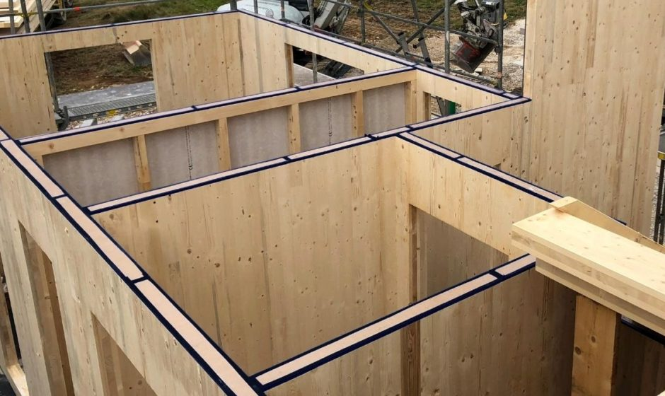 Striscia fonoassorbente per edilizia: elimina il rumore dalle costruzioni in legno