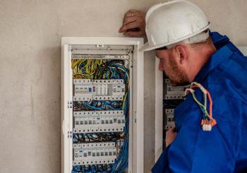Attrezzatura per l'alta tensione: tutti i prodotti per lavorare in sicurezza su tralicci e cavi ad alta tensione