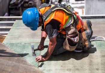 Casco da lavoro: massima protezione e comfort per lavorare in totale tranquillità