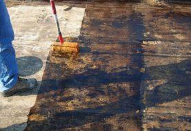 Come rimuovere la guaina impermeabilizzante senza causare danni ambientali?